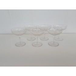 6 coupes à Champagne