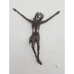 Crucifix en fer