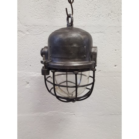 Lampe cage industrielle